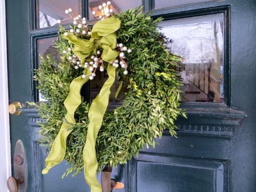Wreath clue