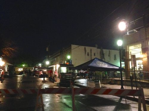 Tonight's Food-Truck-A-Thon, hosted by the Co-op, was exuberantly attended in spite of the rain!