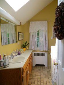 18 hall bath