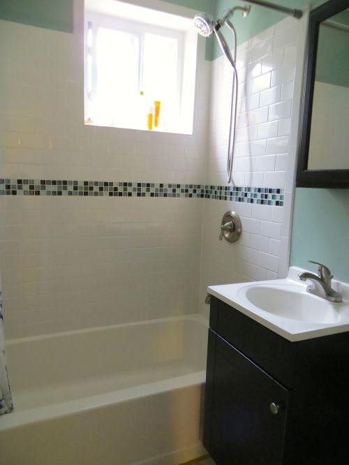 11 Bath1