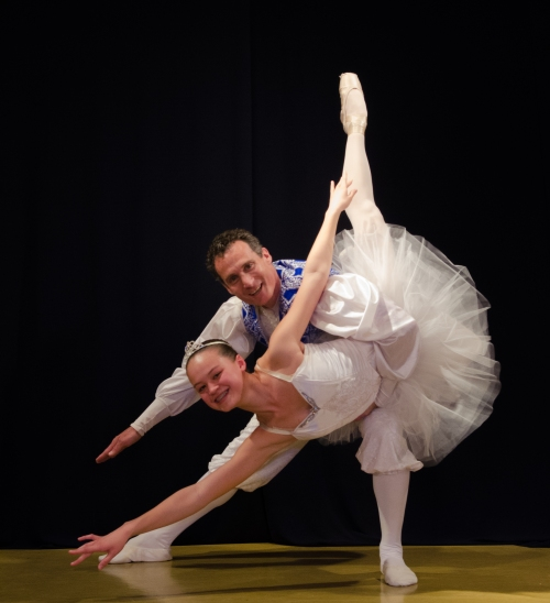 Anna Si and Donn Guthrie perform a one-handed fish dive. (If you want to see the NO HANDED fish dive, you'll have to score a ticket to the ballet)!