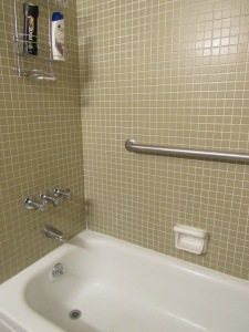 13. Hall bath 2