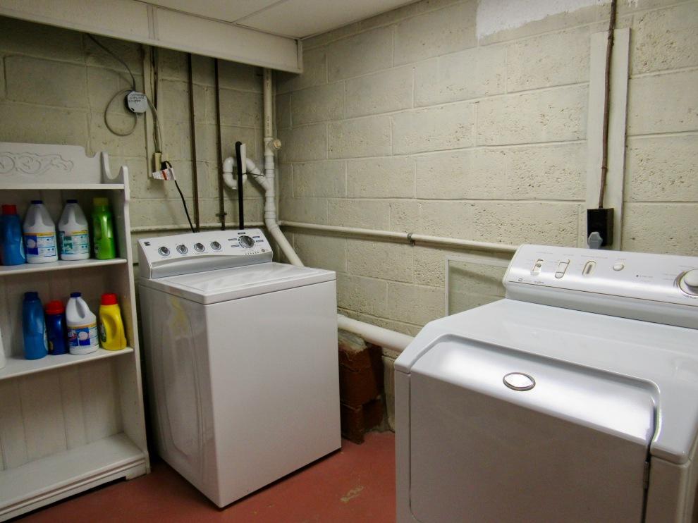 18, Laundry