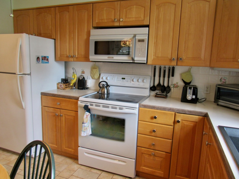 6. Kitchen 2
