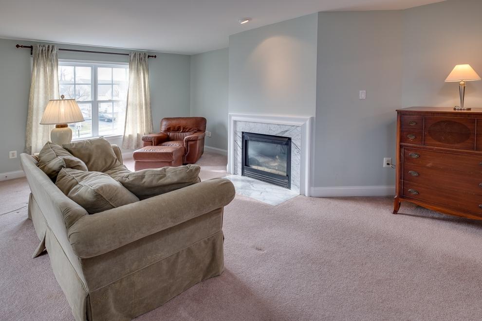 14. master suite sitting room