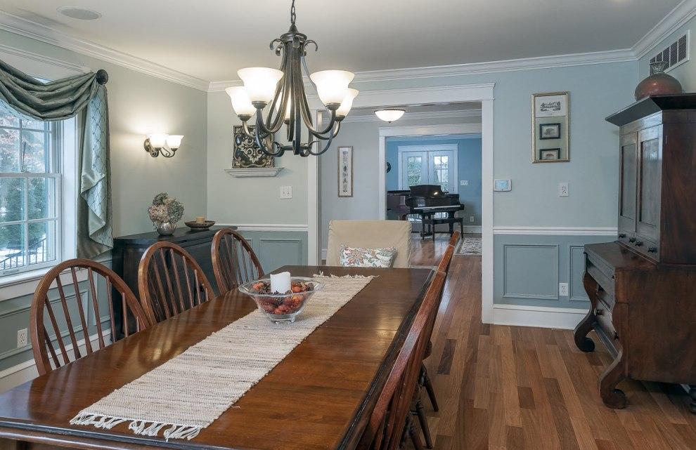 6. dining room 2