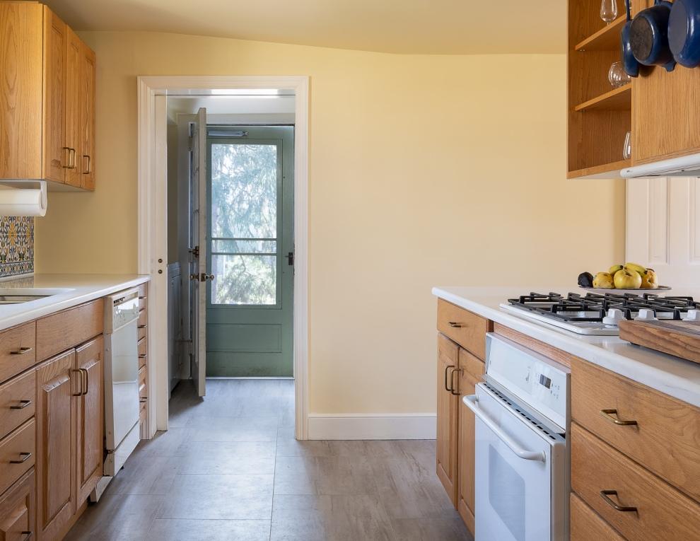 14. Kitchen to mudroom