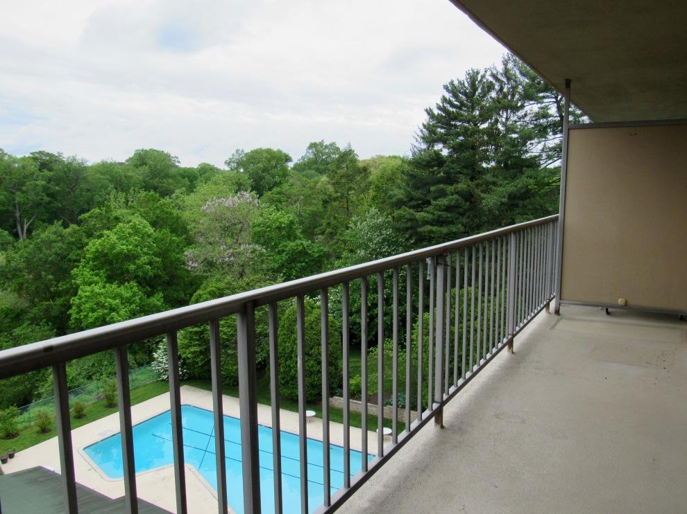 2. Balcony