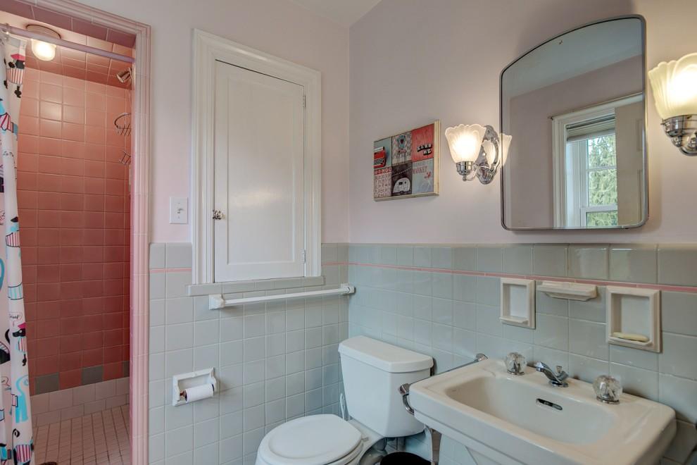 24. En Suite bath