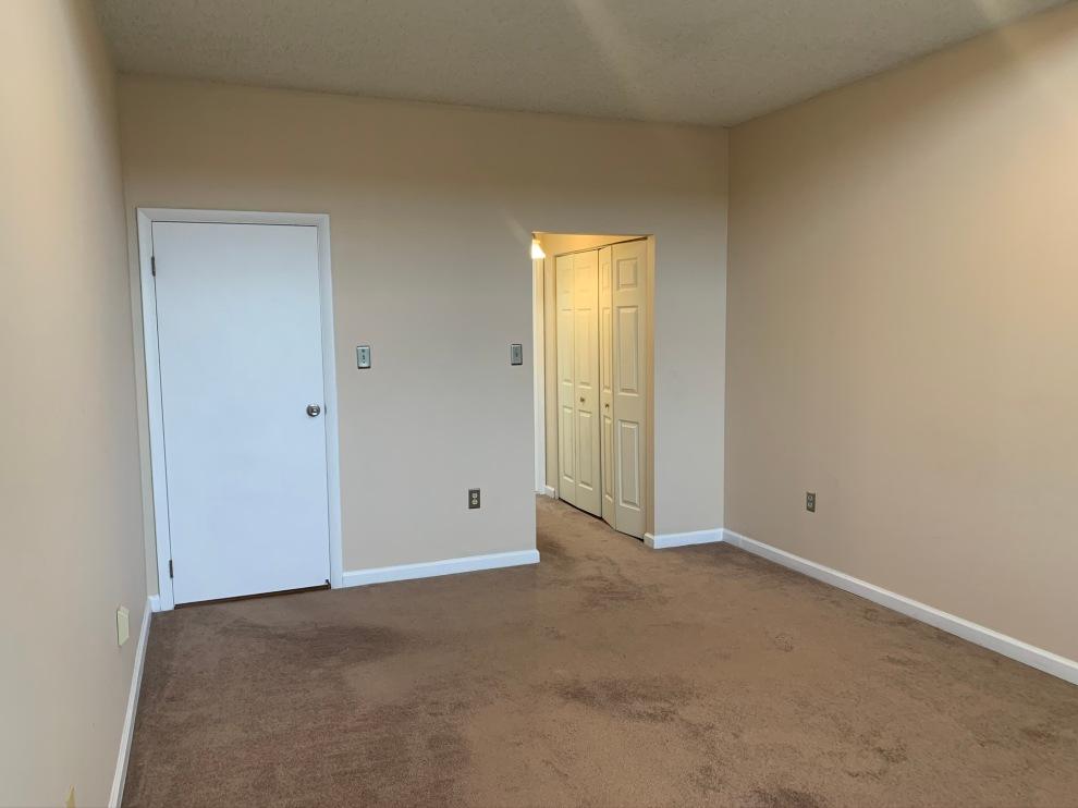 25. Bedroom 2 03