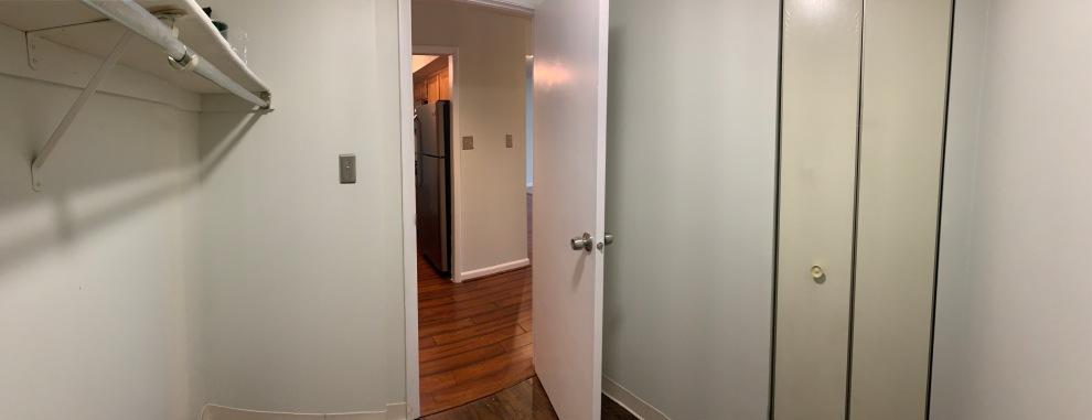 30 Storage Room 02