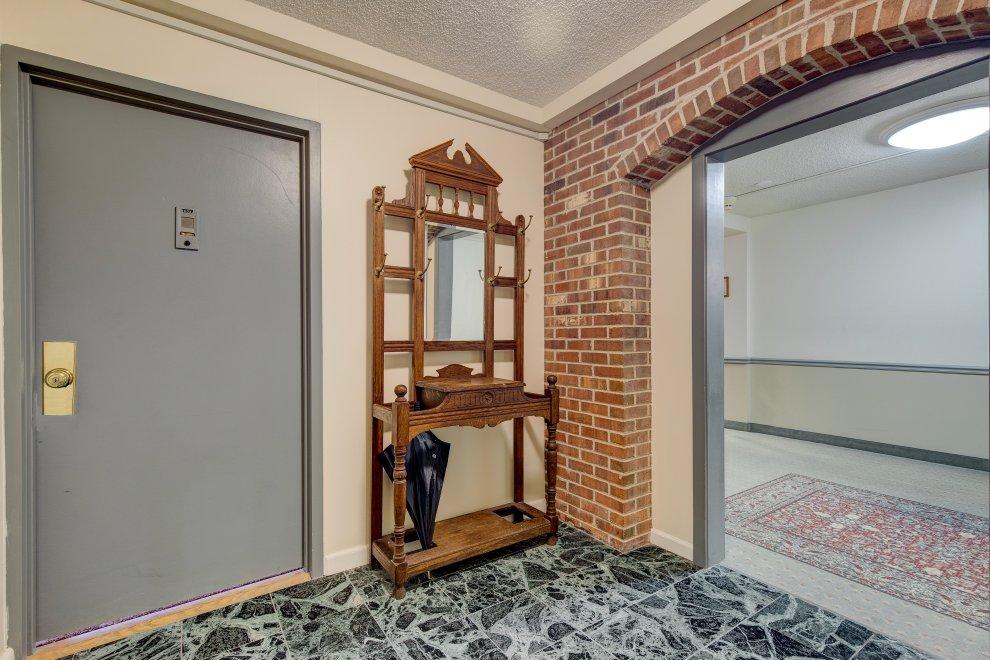 3. Foyer