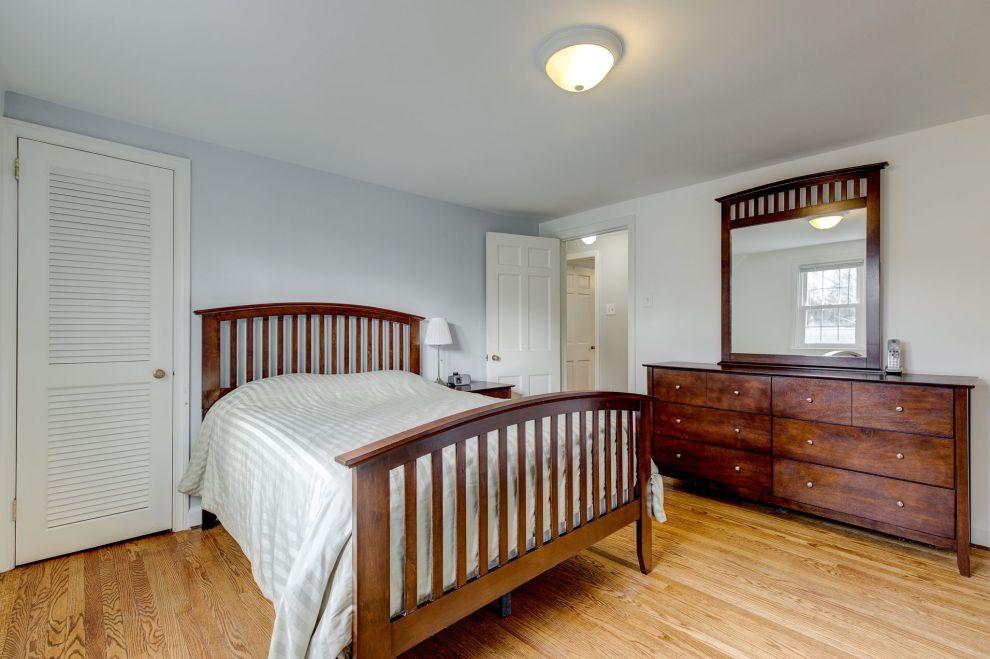 22. Second bedroom